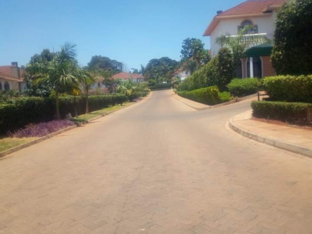 4 Bedrooms Townhouse For Sale In Runda