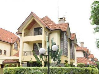 4 Bedrooms Townhouse For Rent In Lavington
