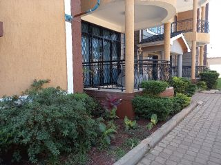 3 Bedrooms Apartment For Sale In Nairobi West